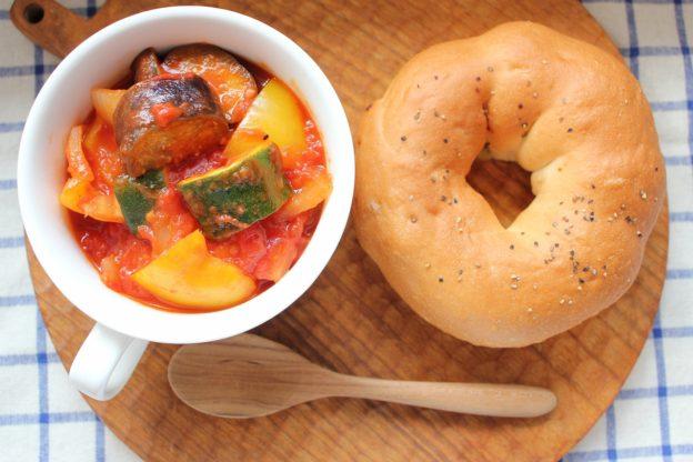 ベーグルレシピ 7月2日 野菜ごろっとラタトゥイユ